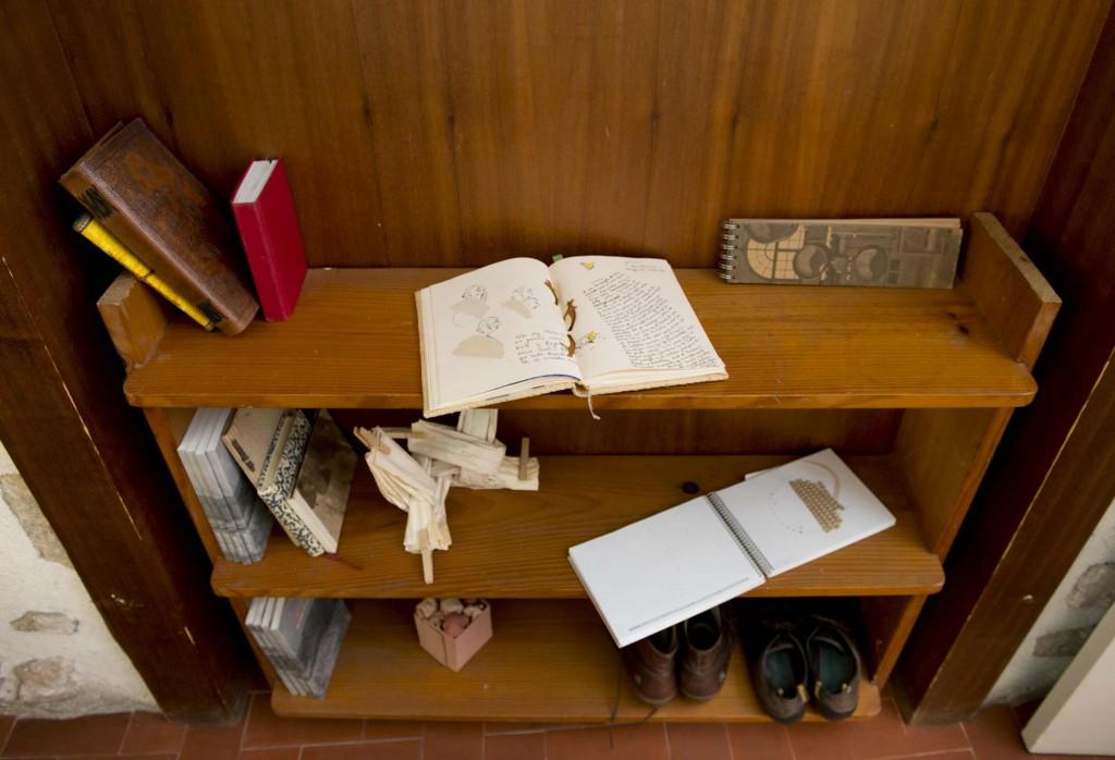 prestatge llibretes